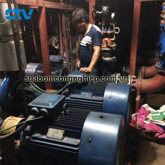 Bảo dưỡng máy bơm nước cho hệ thống giải nhiệt Chiller
