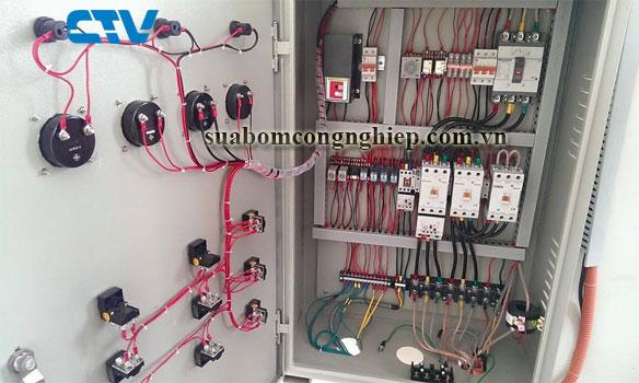 Cung cấp tủ điện công nghiệp điều khiển hệ thống bơm nhanh chóng, giá tốt tại Miền Bắc