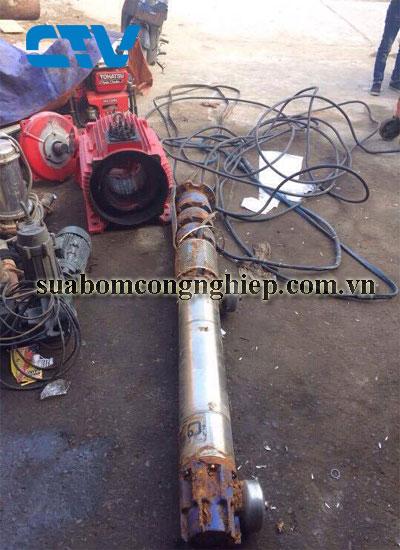Sửa máy bơm giếng khoan cho các khách hàng tại Miền Bắc