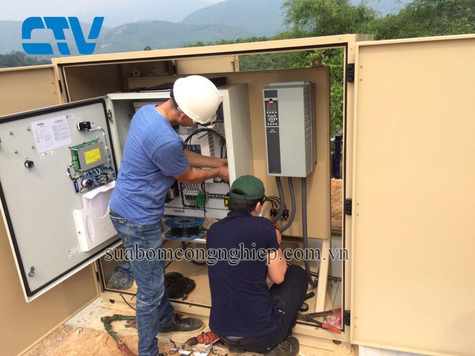 Thi công lắp đặt tủ điện điều khiển máy bơm